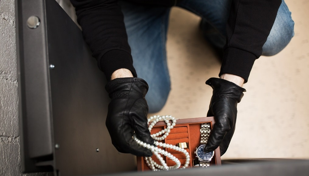 Does Homeowners Insurance Cover Stolen or Lost Jewelry?