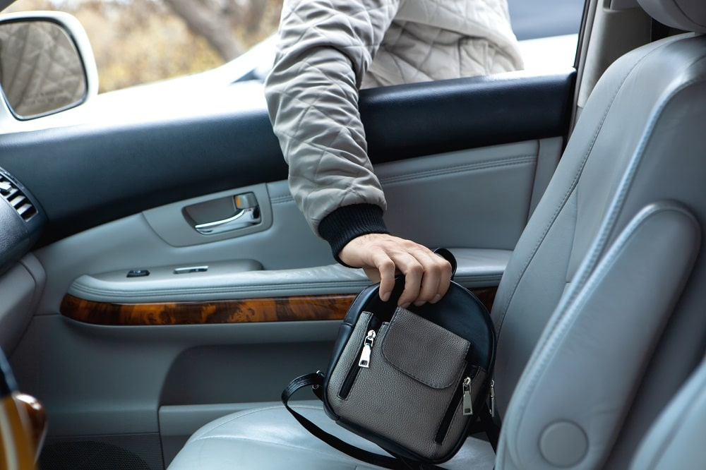 Does Homeowners Insurance Cover Theft From a Car?